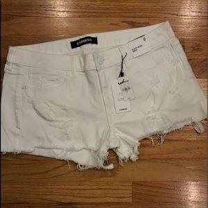 NWT Express low rise white denim shorts: 12